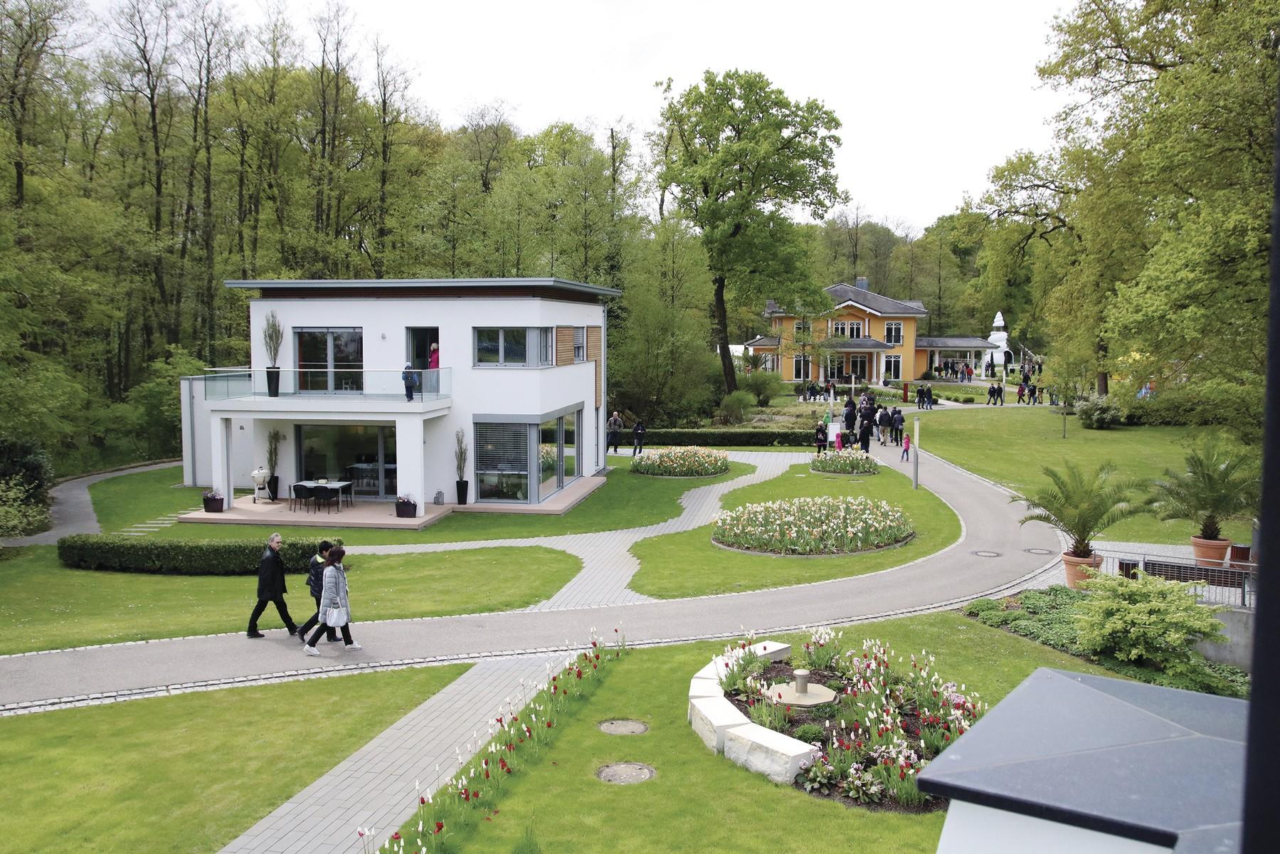 Bau- und Wohnpark World of Living wieder geöffnet