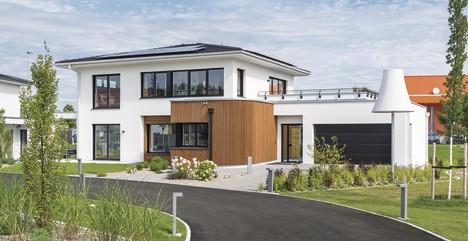 Weberhaus weberhaus pr sentiert moderne stadtvilla in for Moderne stadtvilla mit doppelgarage