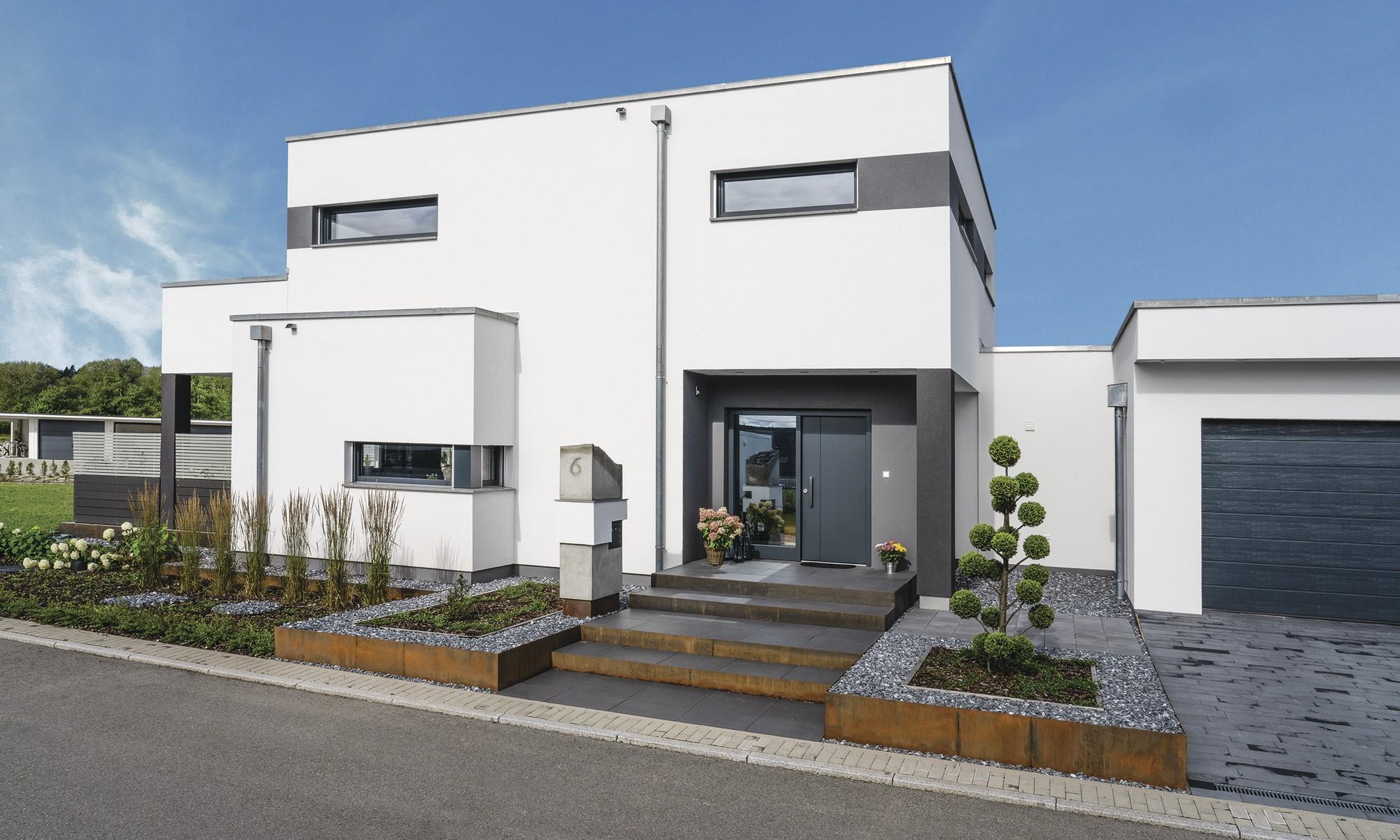 WeberHaus - Einfamilienhaus - kubistisch und modern - Flachdach